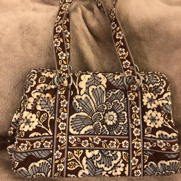 Vera Bradley Handbags - Vera Bradley Shoulder bag🌹